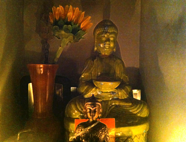 Two Buddhas. | Barboursville, W.Va. | westvirginiaville.com | May 2013
